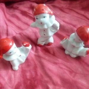 Set of 3 figurines